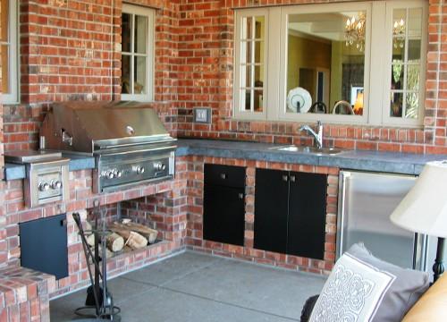 http://www.stangelandlandscape.com/wp-content/uploads/2014/09/Outdoor-Kitchen-2-1000x600.jpg