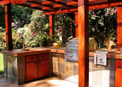 http://www.stangelandlandscape.com/wp-content/uploads/2014/09/Outdoor-Kitchen-4-1000x600.jpg
