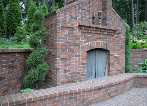 http://www.stangelandlandscape.com/wp-content/uploads/2015/07/outdoor-fireplace-1000x600.jpg